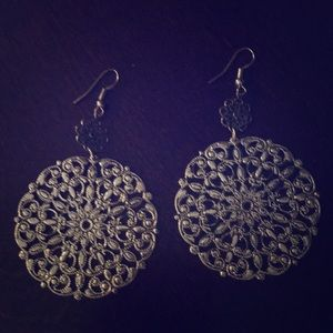 Jewelry - Gold colored fashion earrings